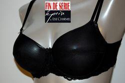 Classique Noire dentelle Eprise de Lise Charmel soutien gorge
