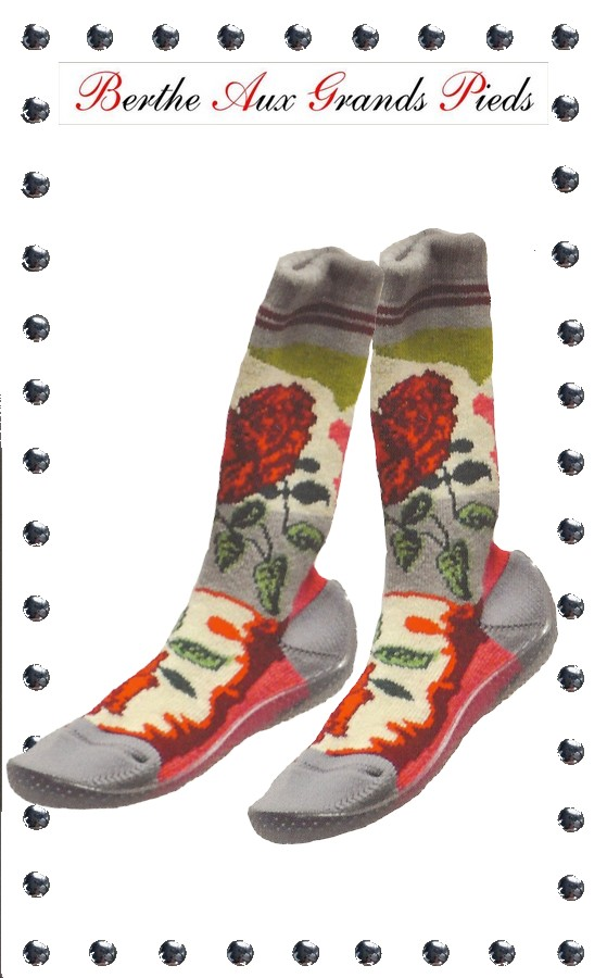 Chaussons longs berthe aux grands pieds roses